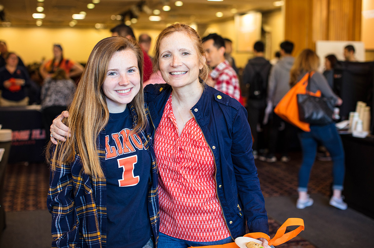 Illinois mom and daughter at a visit event